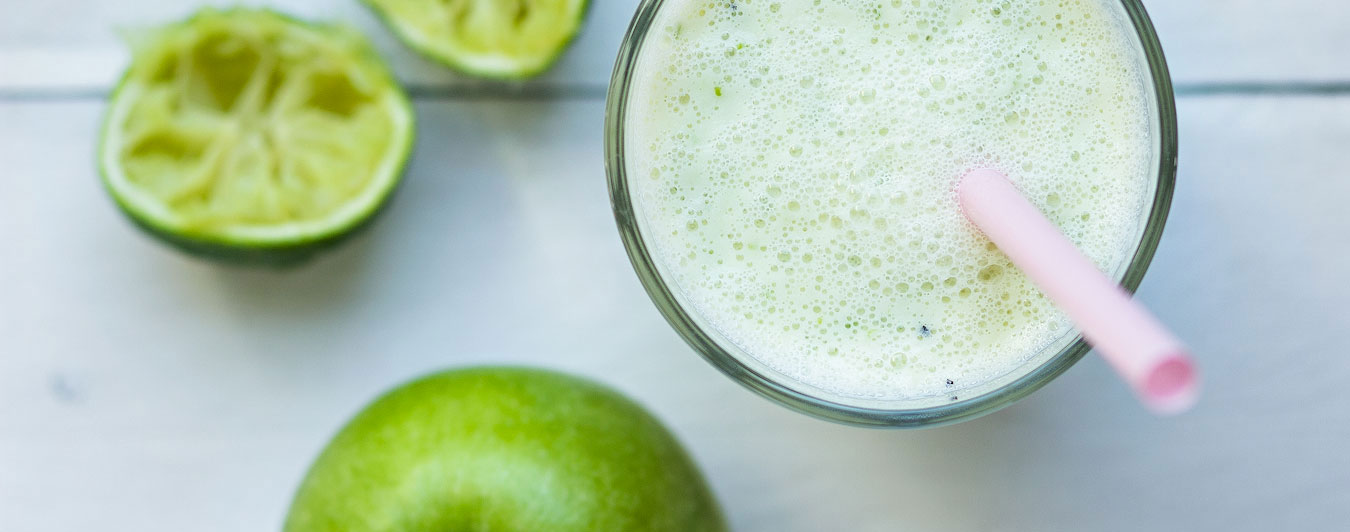 Smoothie met groene appel en limoen