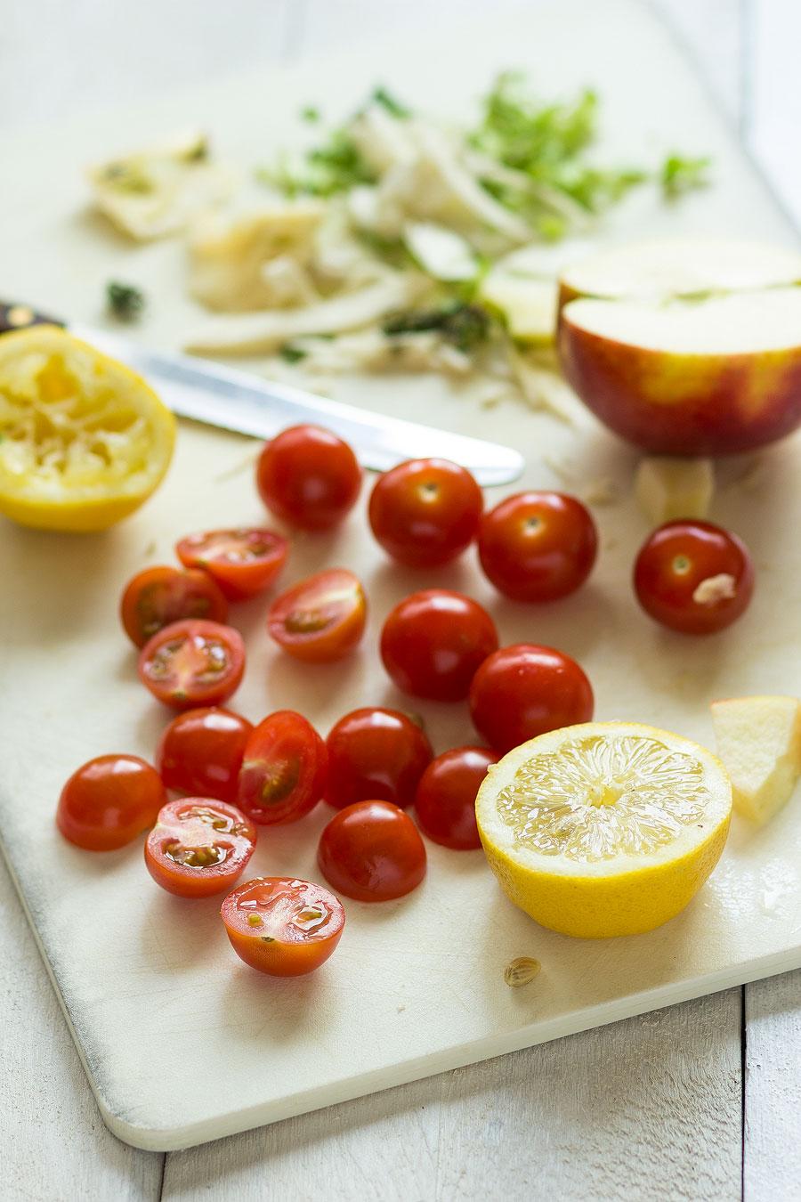 Knapperige salade met witte kool appel en rozijn