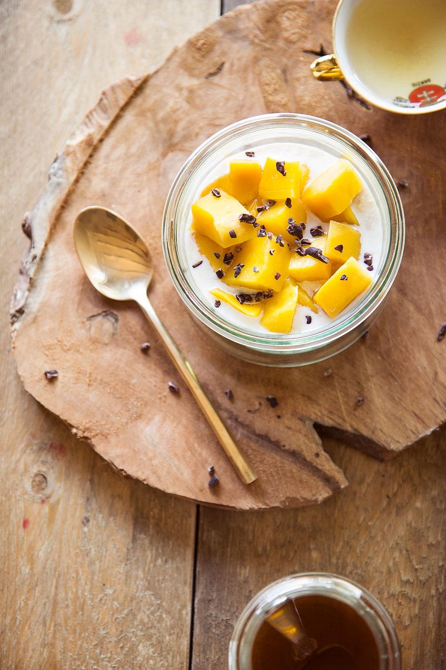 Overnight oats mango honing